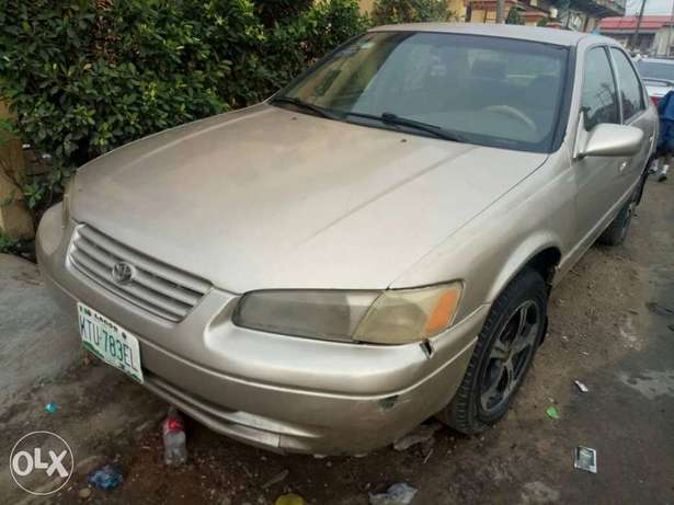 Toyota Camry Tiny Light for sale Mushin - image 1