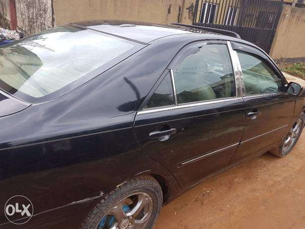 Used Toyota Camry 2005 very clean Alimosho - image 2