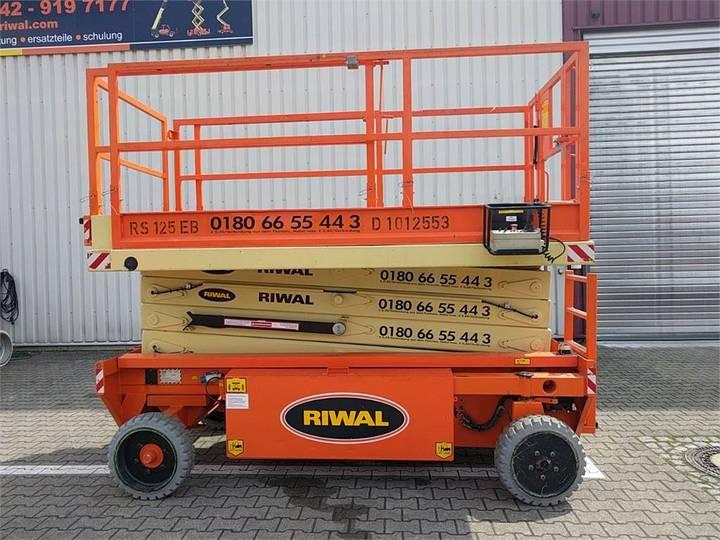 Holland Lift X105el12 - 2011