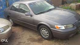 A very clean toyota camry 1998 pencil light, urgent buyer needed