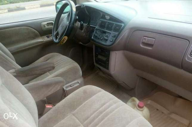 Very neat sienna first body Ibadan Central - image 4
