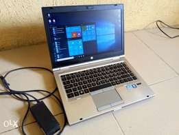 Still New HP elitebook 8460p core i5 with fingerprint, charger, webcam