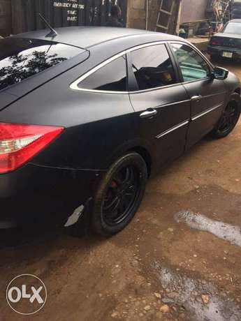 Registered 2010 model Honda crosstour Lagos Mainland - image 6