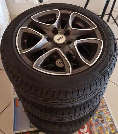 TSW Hurricane 15 Inch Mags With Tyres Johannesburg CBD - image 1