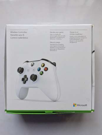Xbox One Wireless Controller w/ Bluetooth and 3.5mm Jack Surulere - image 2