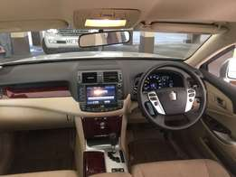 Toyota Crown 2010! New Shape! New Lights! OFFER!!Low Mileage