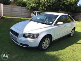Spotless 2007 Volvo S40 2.4 One owner.