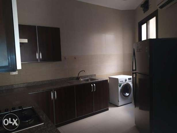 3 bedrooms Big & Luxurious flat with Built-in wardrobes