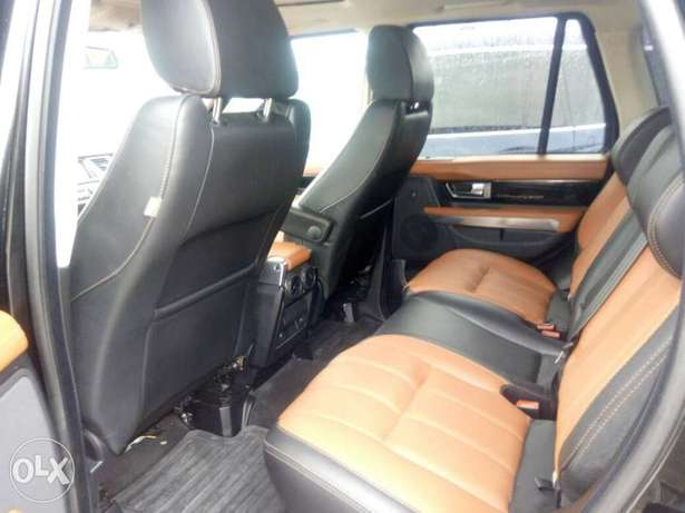 2012 Range Rover Sport Autobiography (FOREIGN USED) Lagos Mainland - image 4