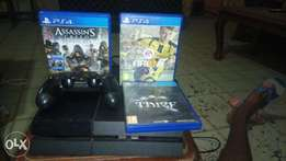 Playstation 4 with 1pad fifa17 with other adventure games