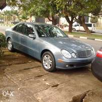 A super clean toks 2005 Mercedes Benz E350 for sale