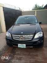 Extremely Clean used ML 350 4matic Benz. ACCIDENT FREE FIRSTBODY.