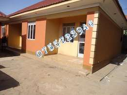Fresh 2 bedroom house in Nmugongo at 350k