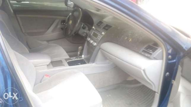 Fresh registered 2010/011 Camry available Lagos Mainland - image 6