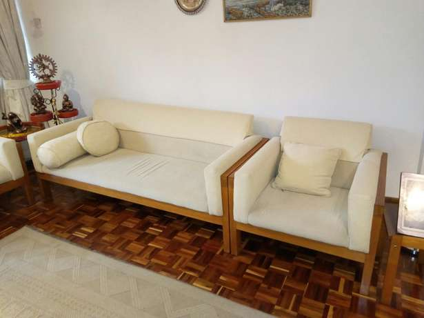 2 sets sofas cream in colour Highridge - image 2