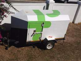 Venter Large luggage trailer for sale