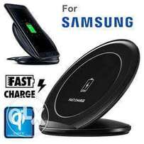 Offer offer on original wireless charger for S8 and S8+ sealed.