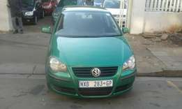 Vw polo 1.6 gren in color 2004 model 95000km R72000 for sale
