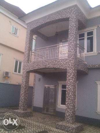 5 bedroom duplex for sale at omole phase 1,with remote control gate ,a Ojodu - image 1