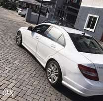 Mercedes C300 (GIVE AWAY PRICE)