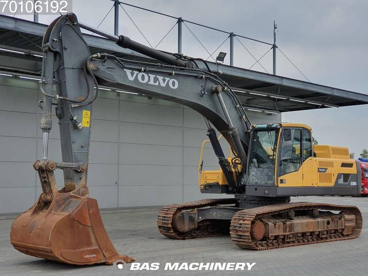 Volvo EC380 D L Nice and clean condition - 2013