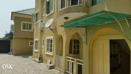 3bedroom newly renovated by ilasan Lekki1 Lagos, for rent N1m,