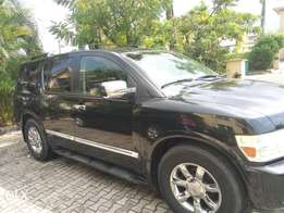 Very clean black Infiniti QX56 2004