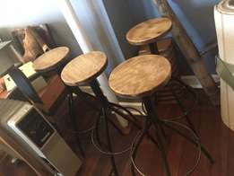 BARGAIN! Set of 4 Bar Chairs
