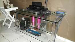 Tv unit glass