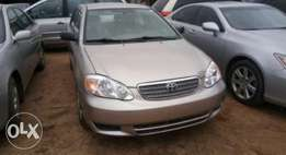 A sparkling clean 2004 Toyota Corolla (Foreign used)