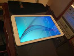 galaxy tab E for sale 3g and wifi also makes calls