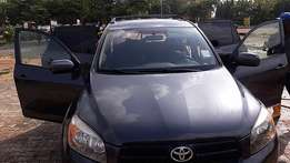 Toyota RAV4 (2006) Clean and affordable