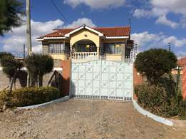 Beautiful 6 bedroomed masionette in Kitengela EPZ Peniel gated Estate