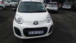 2013 Citroen 1,white in colour,4 doors,40 000 km,excellent condition