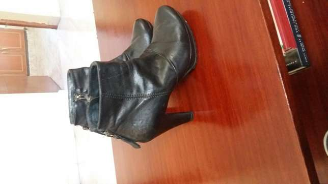 Black Leather boots South B - image 5