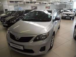 2014 Toyota Quest A/T 1.6 - R154900