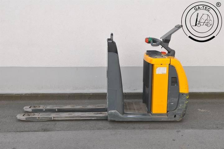 Jungheinrich ECE 225 - 2007 - image 2