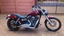 Harley chrome Vance & Hines exhaust to swop for Black one