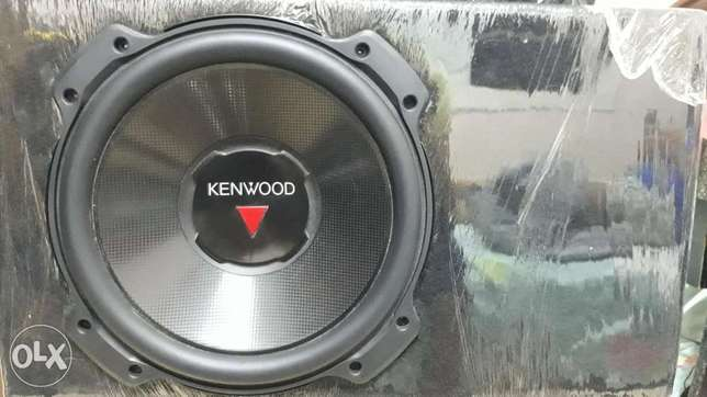 صب بازوكا كينوود كينود Kenwood KFC-W3016PS 12-Inch 2000-Watt Car Audio