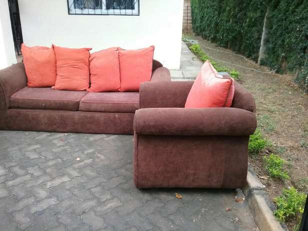 5 sitter Seats For Sale Mombasa Island - image 4