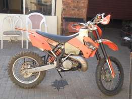 KTM 250 SX motorcycles off road
