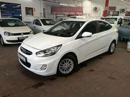 2011 Hyundai Accent 1.6GLS with ONLY 76000kms