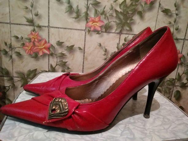 Туфли женские р.39  80 грн. - Жіноче взуття Луганськ на Olx 1e919791951f5