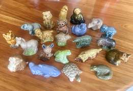 22 Collectible Wade Miniature Animals + Free Squirrel!