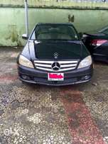 Neatly used Benz C300 4MATIC
