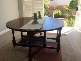 Fold up 8 seater Dining Room Table