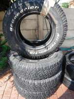 Landrover tyres 235/85/16,4xBF Goodrich KO A/T,60to70 percent!!