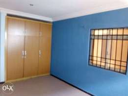 Lovely 3br flat at Victor olaiya str(upstairs)