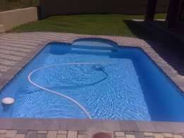 Fiberglass Swimming Pool with Filter and Pump