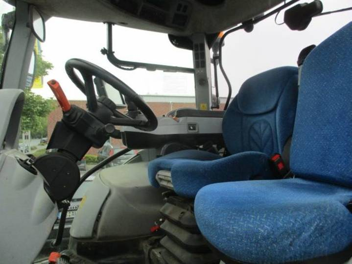 New Holland T7.200 Ac - 2014 - image 6